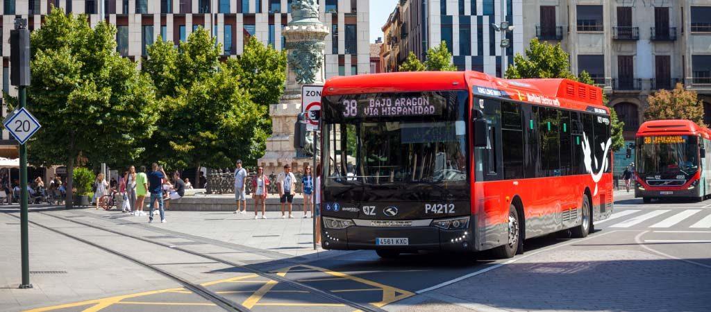 Avanza Zaragoza. Bus Plaza España