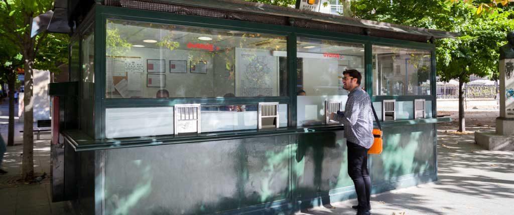 Avanza Zaragoza. Atención al Cliente. Cabina plaza Aragón